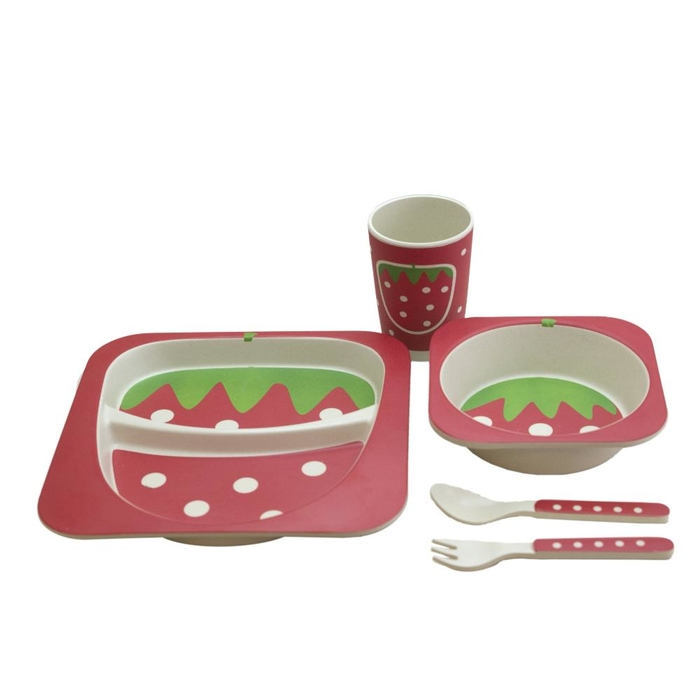 Set with plate, bowl, cup and cutlery in bamboo fiber strawberry
